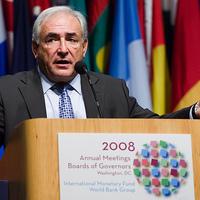 Óvatosságra int az IMF-vezér