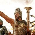 Bollywood Budapestre költözik, a parlamenti képviselők meg jógáznak
