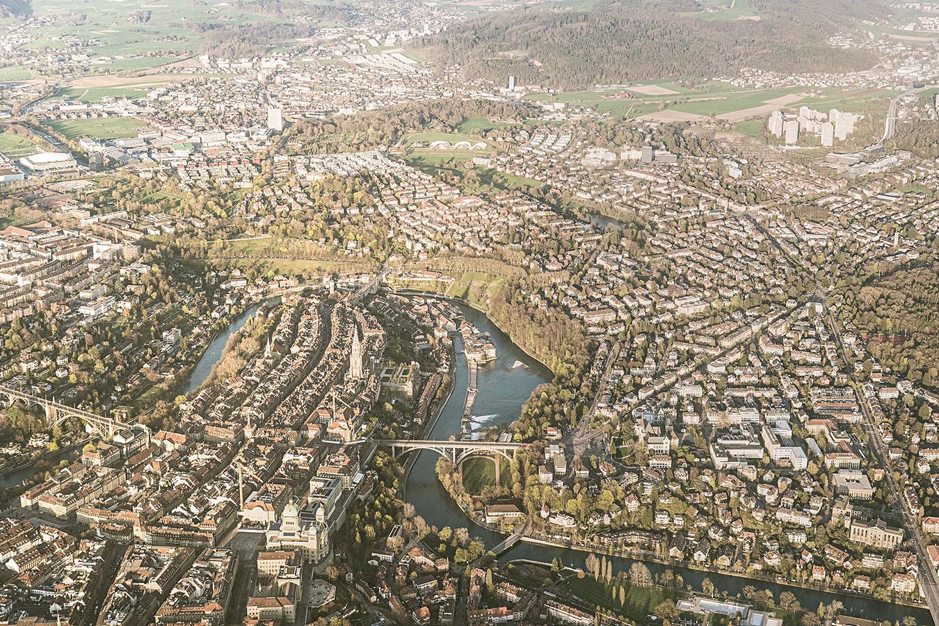 ch-peter-burkhard-2018-bern-aerial-view.jpg