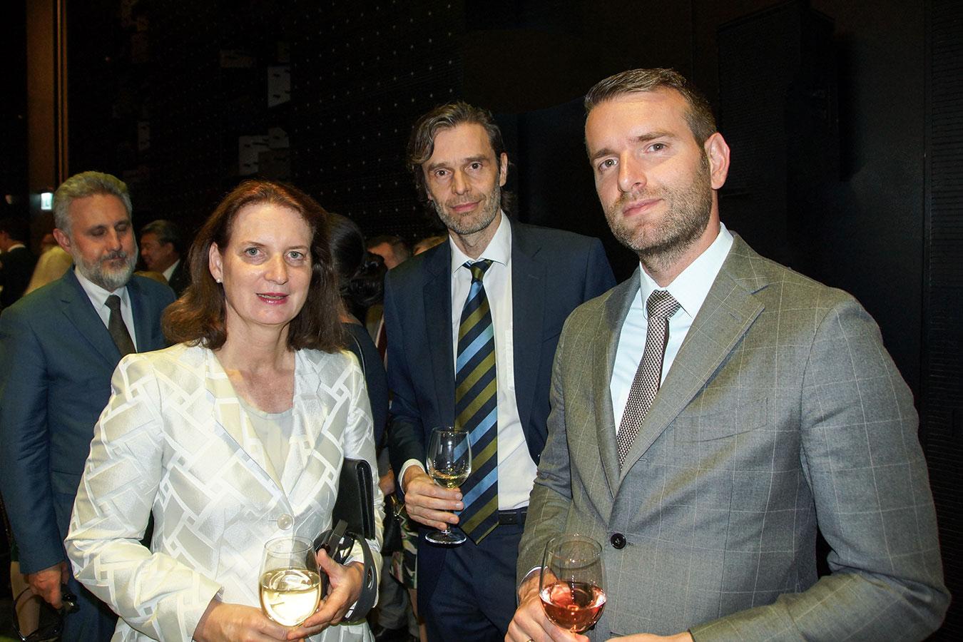Az osztrák és belga nagykövet is a szabad és egységes Németországot ünnepli<br />(Fotó: Aigner Ivan)