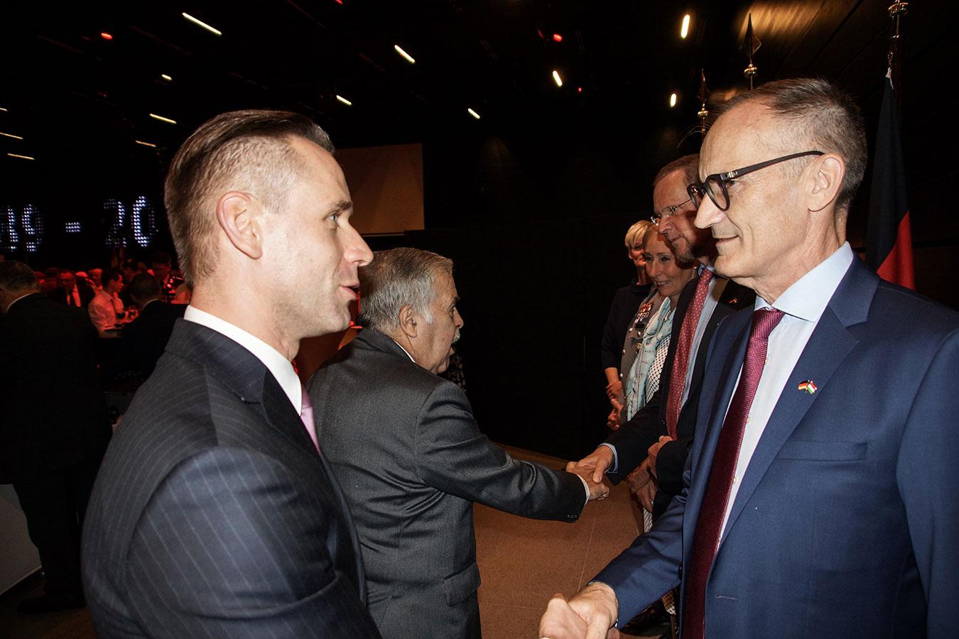 Őexc. Volkmar Wenzel német és Őexc. Robert Kokalj szlovén nagykövet<br />(Fotó: Aigner Ivan)