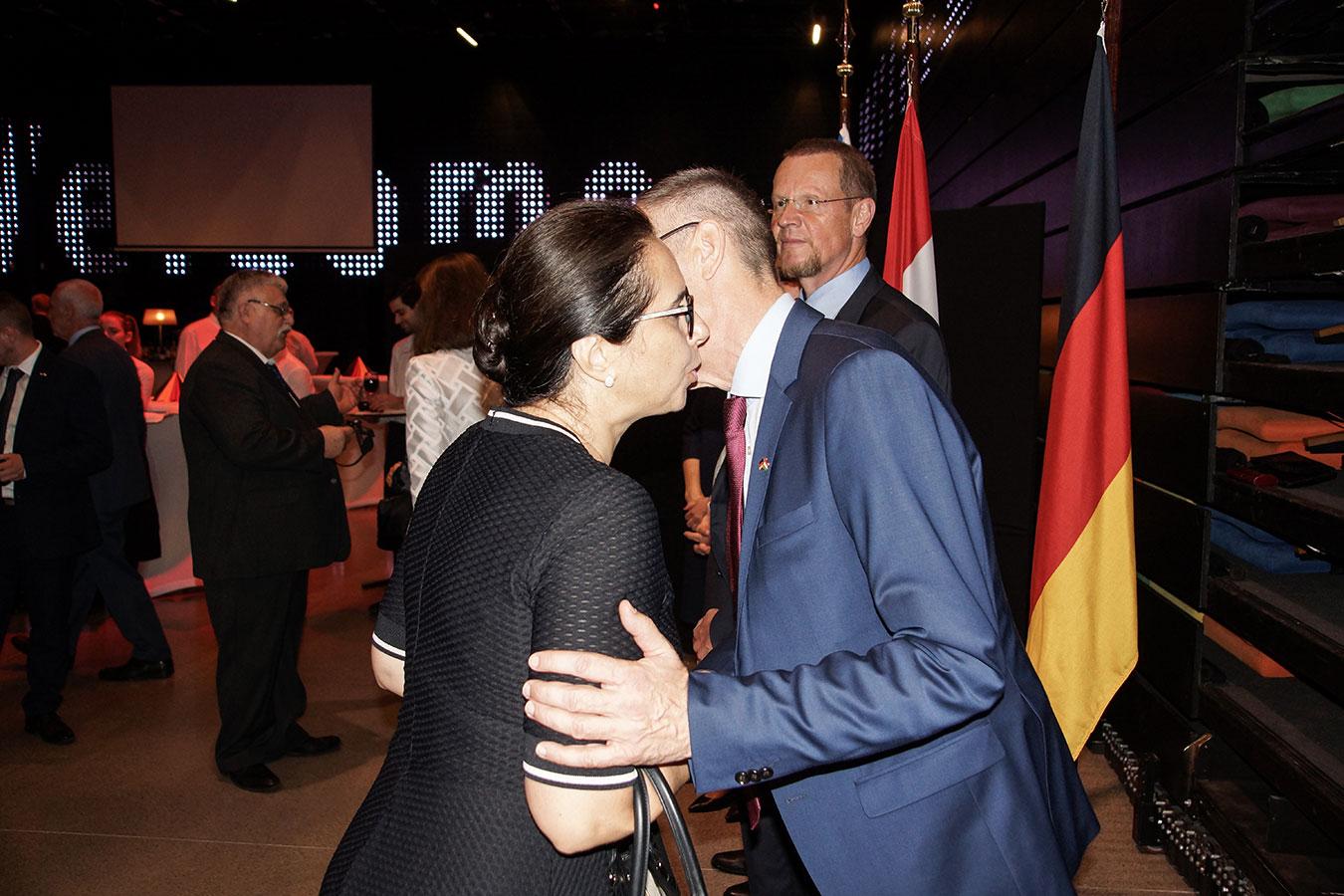 Őexc. Volkmar Wenzel német és Őexc. Karima Kabbaj marokkói nagykövet<br />(Fotó: Aigner Ivan)
