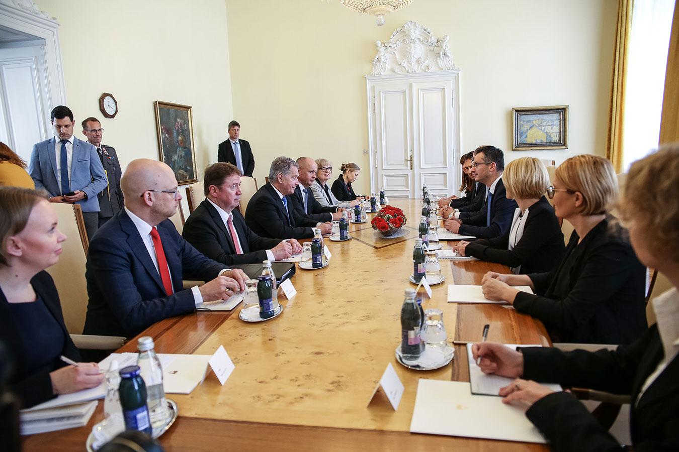 fin-markku-virri-finnish-president-slovenia-negotiation.jpg