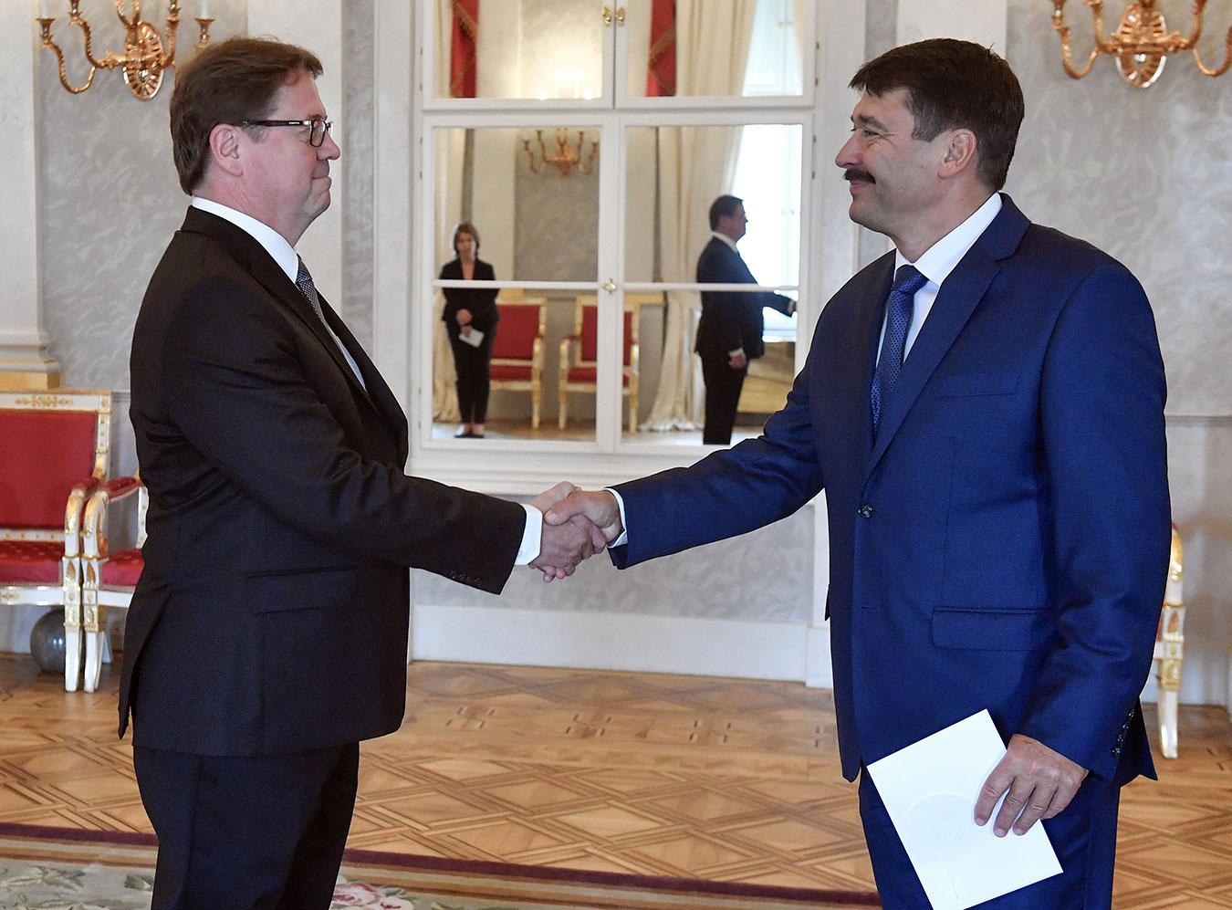 fin-markku-virri-presenting-credentials-president-ader-janos.jpg