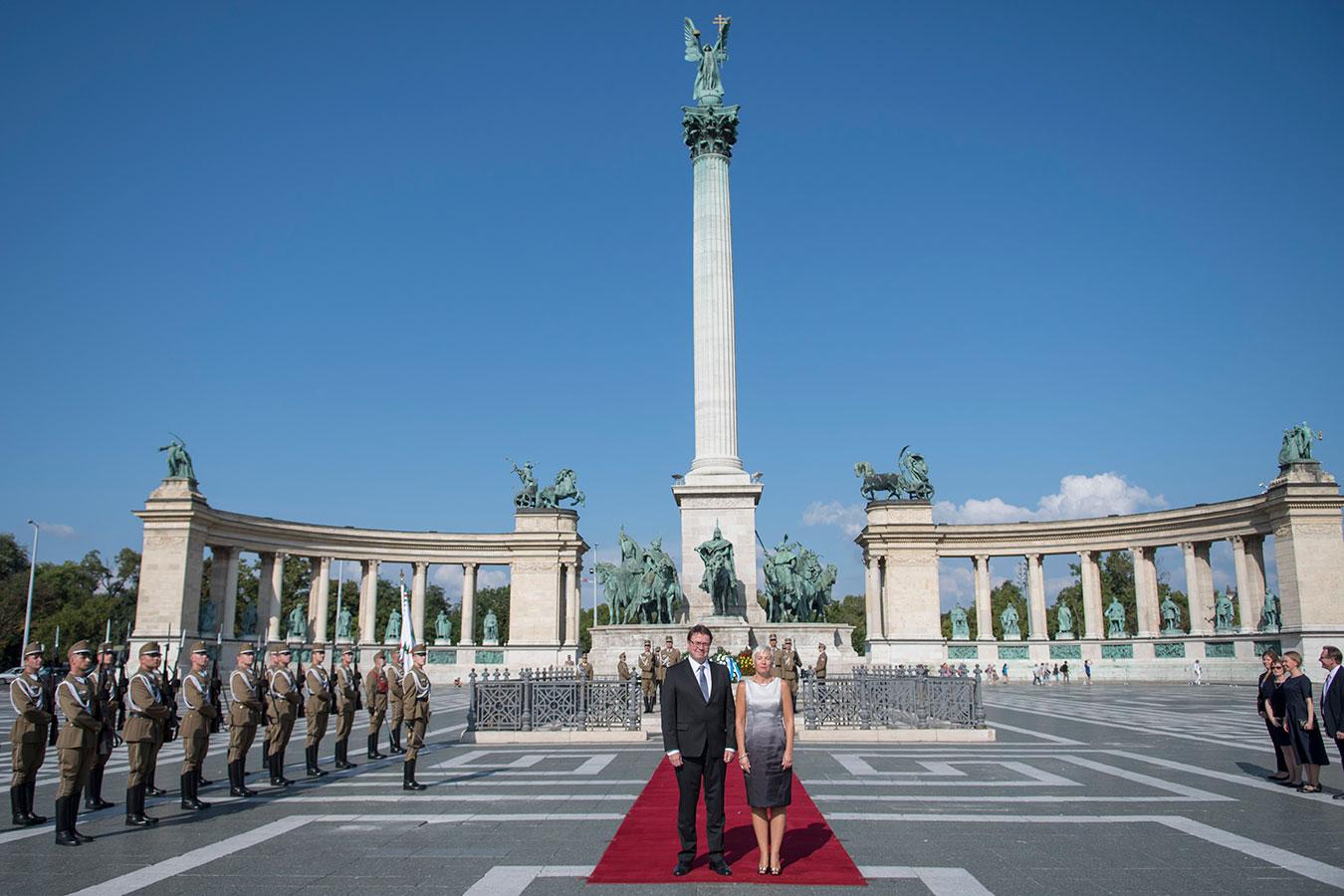 fin-markku-virri-wreath-ceremony-heroes-square.jpg