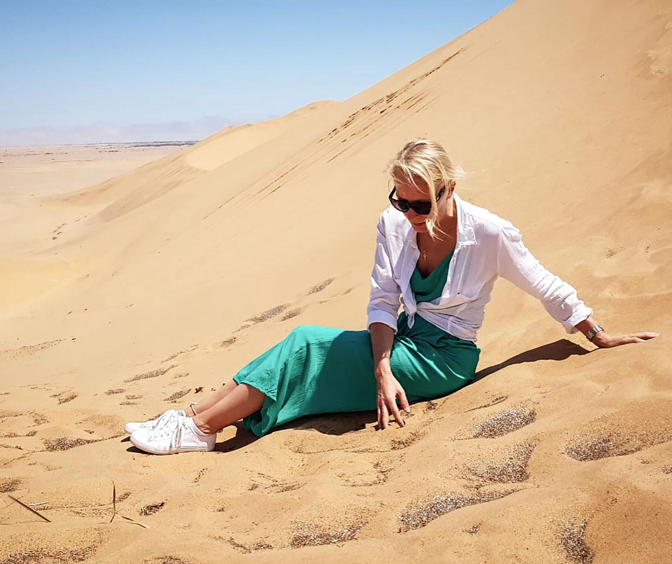 hu-vegvari-eszter-namibian-desert.jpg