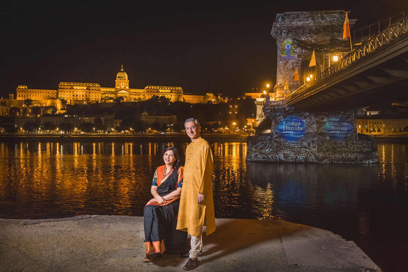 ind-rahul-chhabra-2018-ganga-danube-indian-cultural-festival-2017-budapest-chain-bridge.jpg