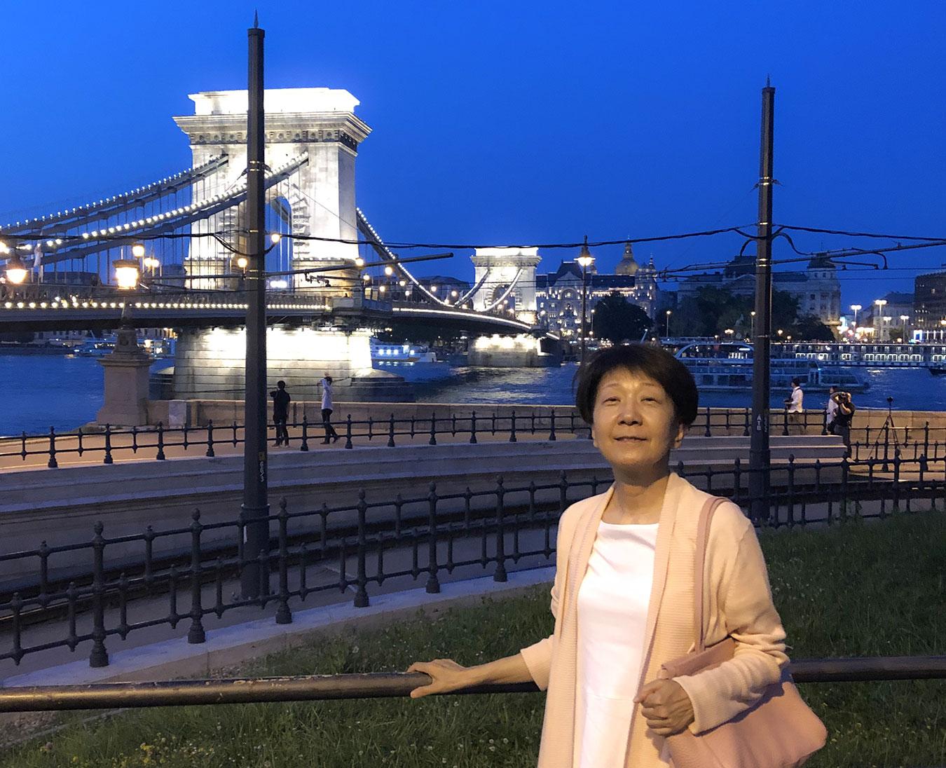 jp-sato-kuni-budapest-chain-bridge-web.jpg