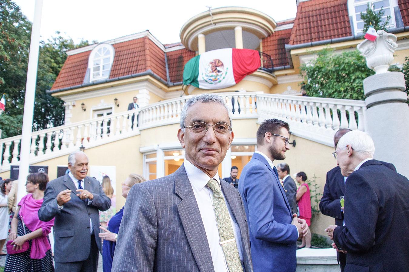 Őexc. Rahul Chhabra, az India Köztársaság nagykövete