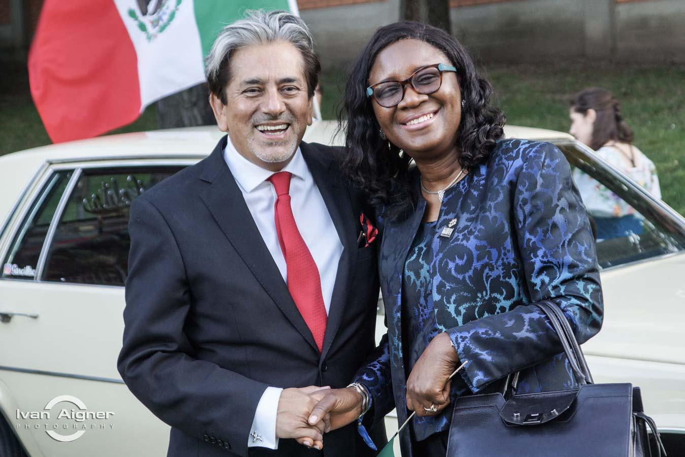 Őexc. David Nájera Rivas mexikói és Őexc. Eniola Olaitan Ajayi nigériai nagykövet