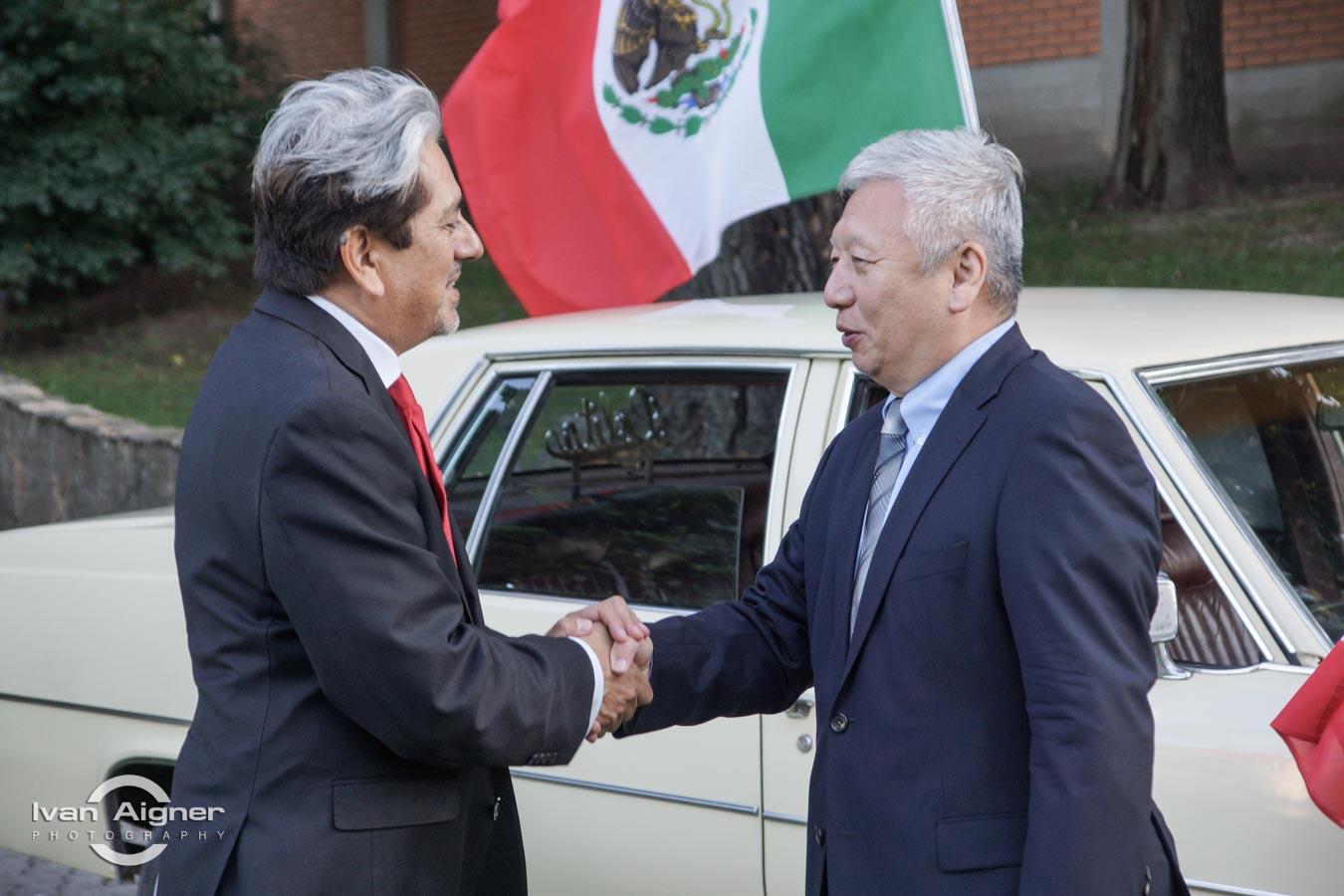 Őexc. David Nájera Rivas mexikói és Őexc. Duan Jielong kínai nagykövet