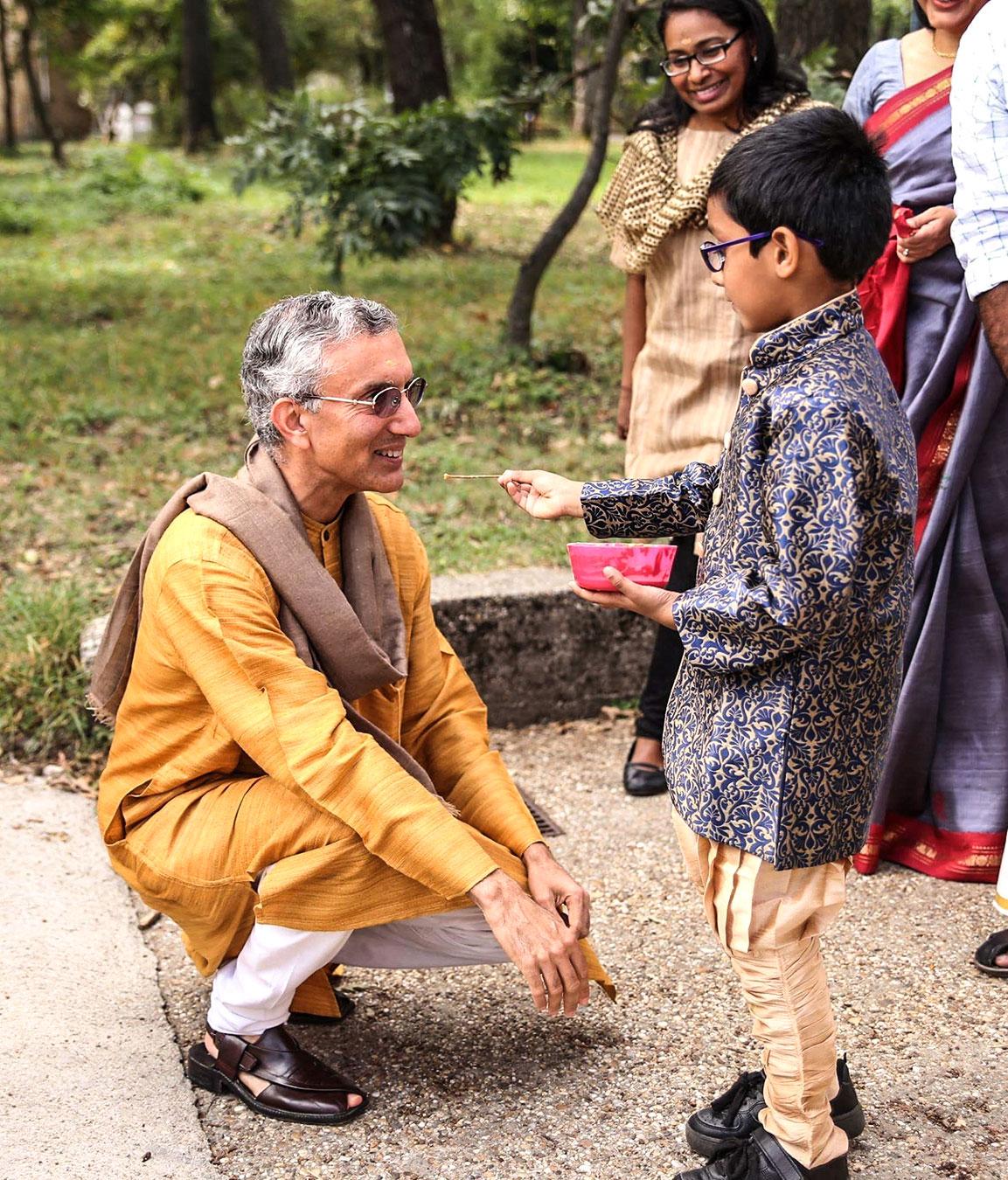 ind-rahul-chhabra-2018-warm-welcome.jpg