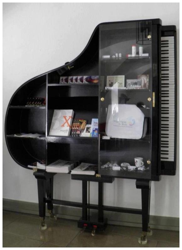 1_zongora_3.jpg