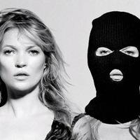 Kate Moss is kampányol az orosz melegek jogaiért