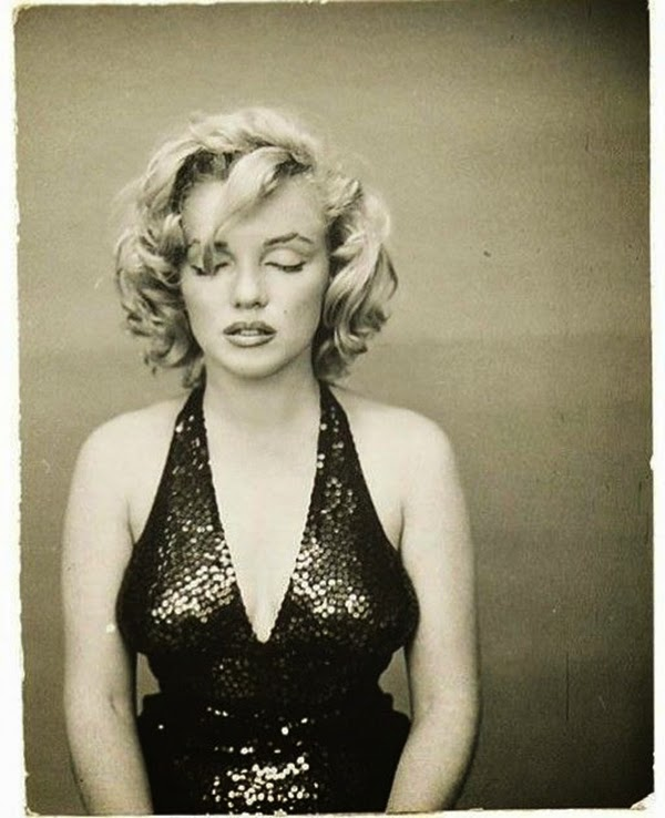 Marilyn Monroe Photographed by Richard Avedon, 1957 (10)5.jpg