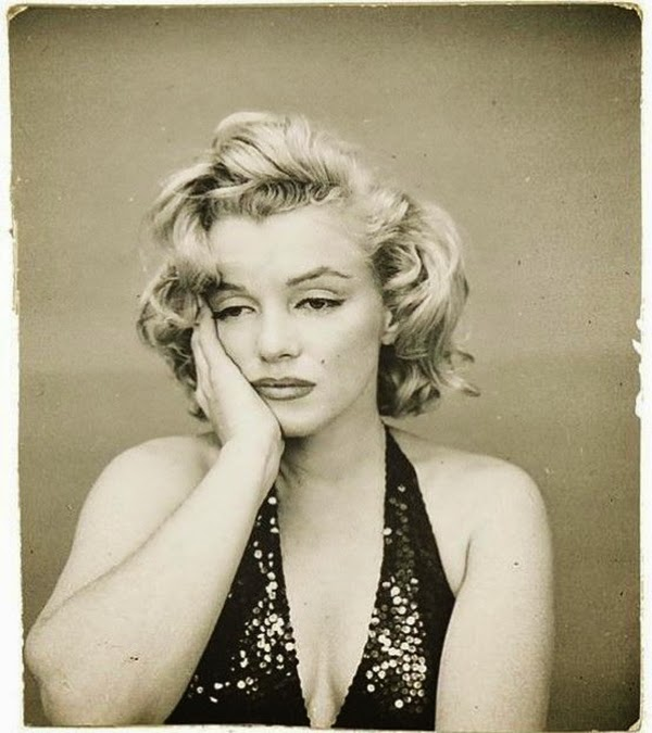 Marilyn Monroe Photographed by Richard Avedon, 1957 (11)5.jpg