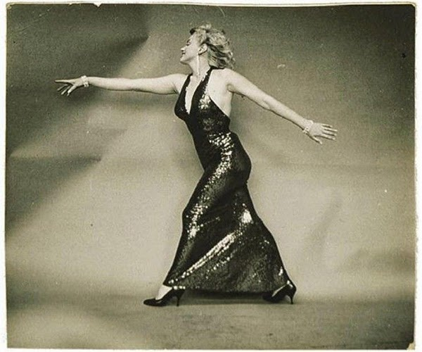 Marilyn Monroe Photographed by Richard Avedon, 1957 (2)5.jpg