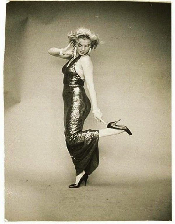 Marilyn Monroe Photographed by Richard Avedon, 1957 (6)5.jpg