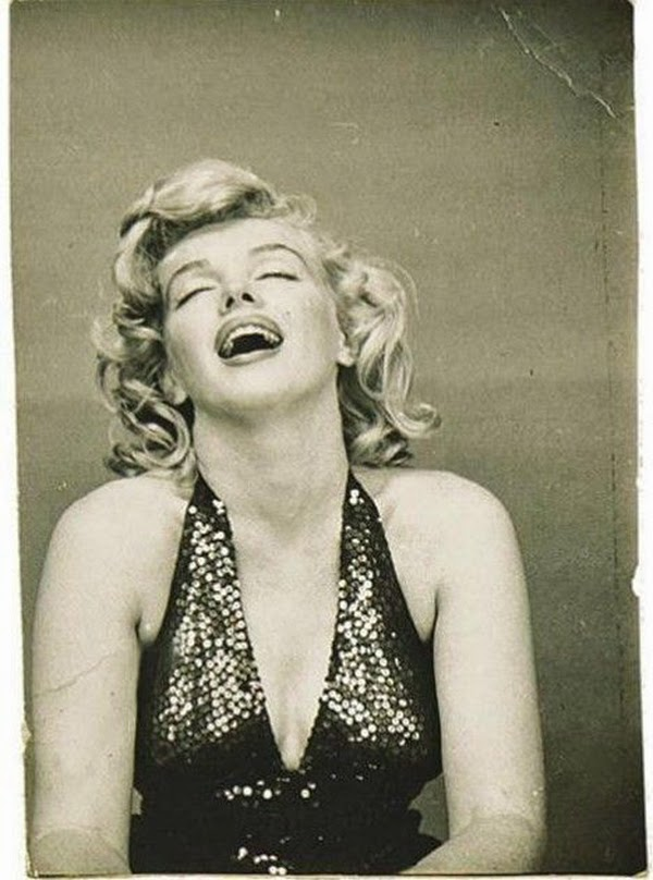 Marilyn Monroe Photographed by Richard Avedon, 1957 (9)5.jpg