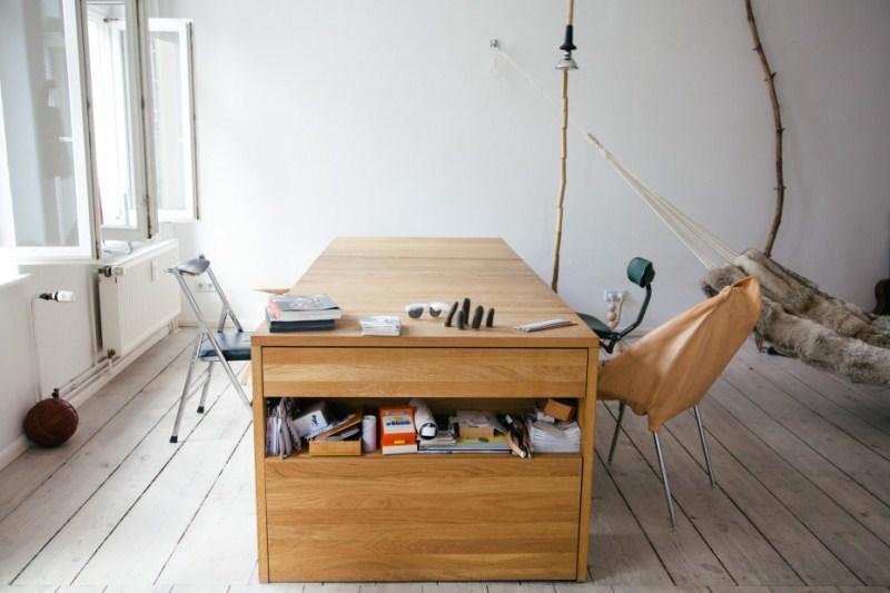 Íróasztal...