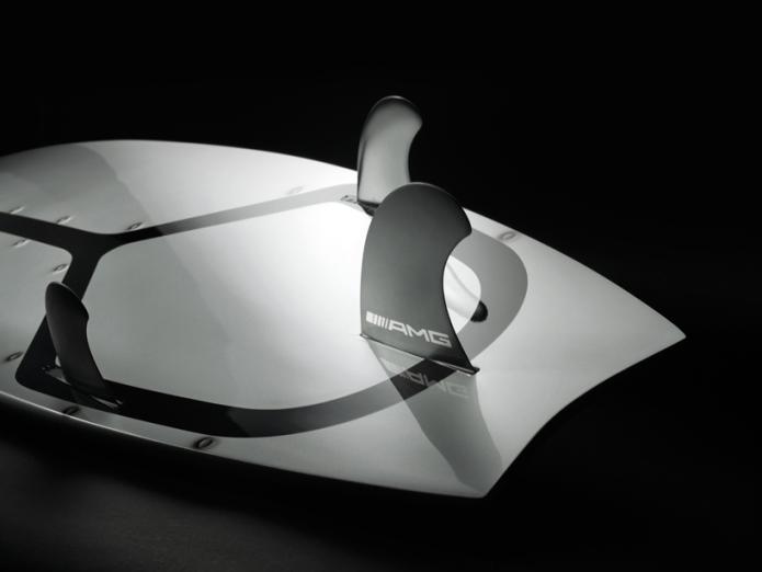 mercedes-benz-surfboard02.jpg