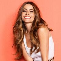 Egy perrel kevesebb: Sofia Vergara egyezséget kötött a kozmetikai céggel