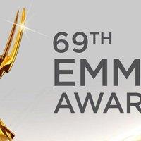 A 69-edik Emmy-díjátadó és a vörös szőnyeg ruhakölteményei