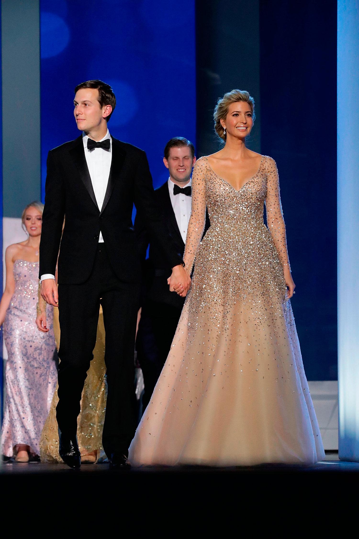 Ivanka Trump a Beiktatási Ünnepségen Carolina Herrera csodában, forrás: independent.ie