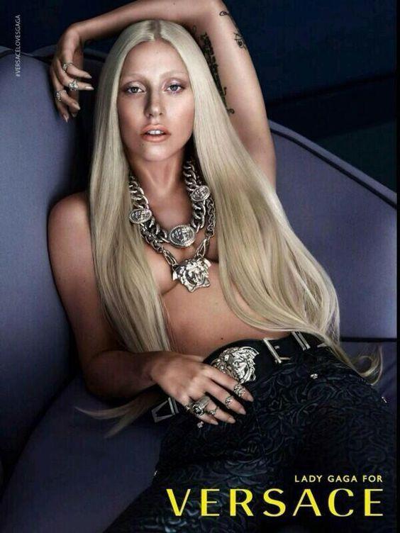 Lady Gaga kampányarcként, forrás: Pinterest