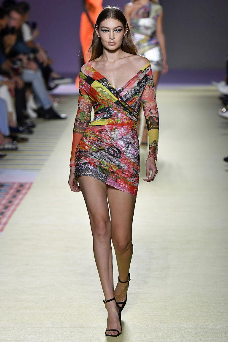 Gigi Hadid, SS19, forrás: vogue.com
