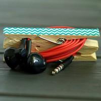 Praktikus fülhallgató tartó