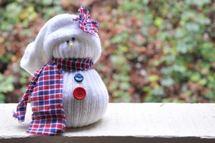 Karácsonyi hóember zokniból