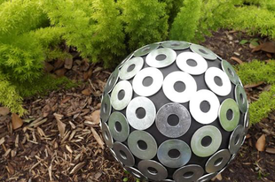 Kerti dekoráció labdákból 2.