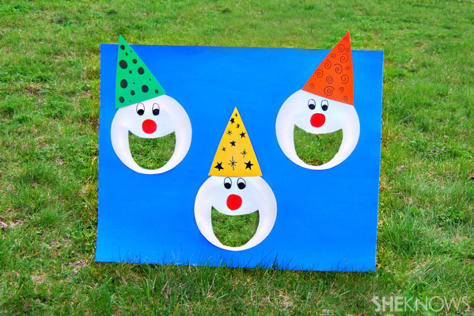clown-bean-bag-toss_uhebz2.jpg