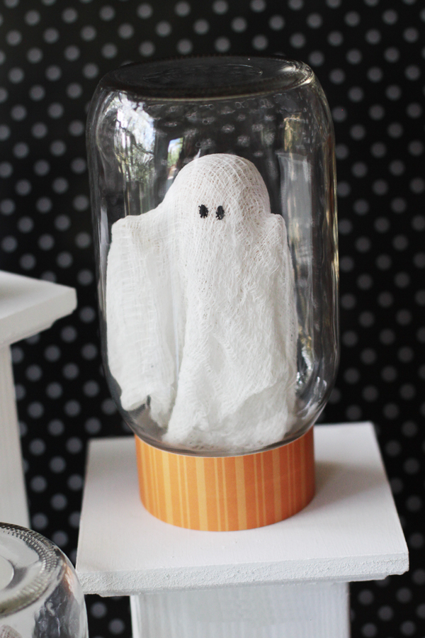 ghost-halloween-craft-from-landeelu.jpg