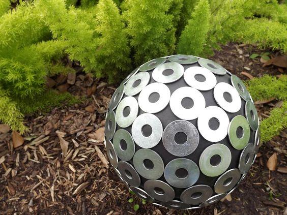 diy-garden-globes-2.jpg