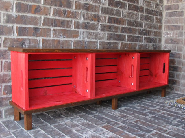 wood-crate-bench.jpg