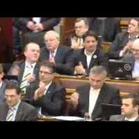2012.02.13: Parlamenti vita