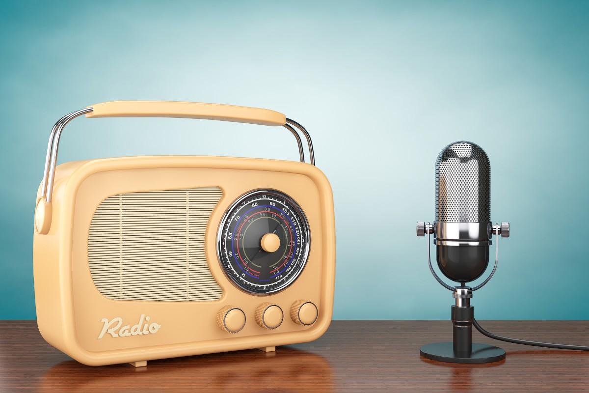 vintage-radio-1200x800.jpg