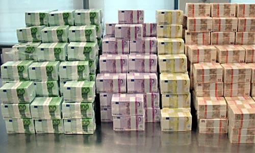 euros-loads-of-money.jpg