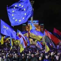 Vigyázó szemetek Kijevre vessétek!