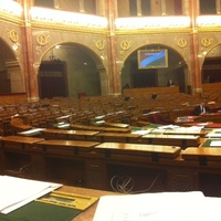 1 db államtitkár avagy a Fidesz parlamentarizmusa
