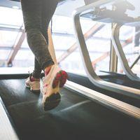 10 dolog, amit az introvertáltak utálnak az edzőteremben