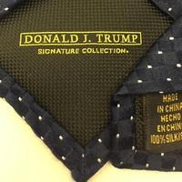 Trump. Made in China. - Így nézi hülyének választóit az új amerikai elnök