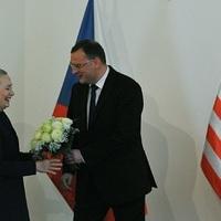 A CIA vagy az oroszok buktatták meg a cseh kormányt?