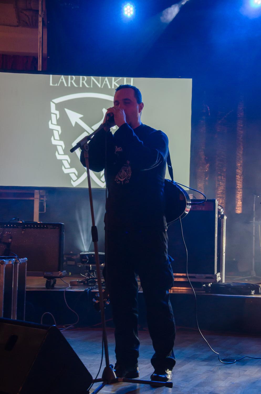larrnakh31.jpg