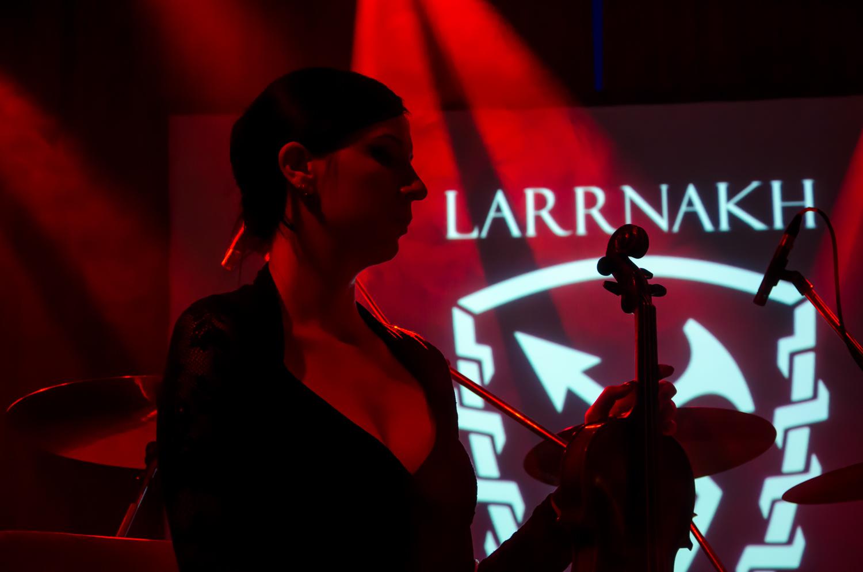 larrnakh24.jpg