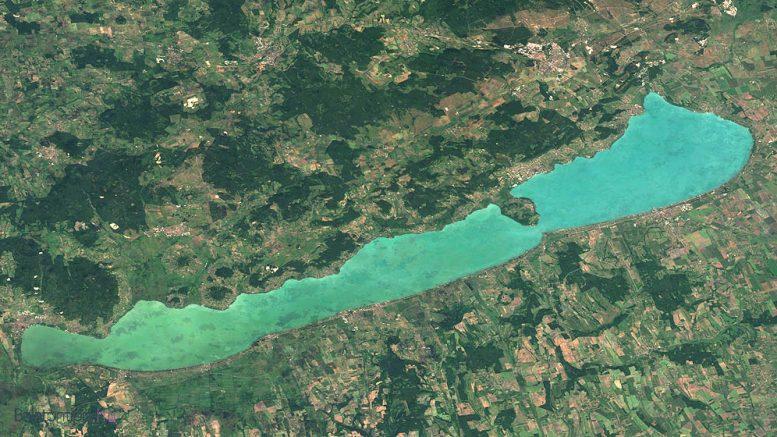 Észak vagy déli part - avagy hol vegyek nyaralót a Balatonnál?