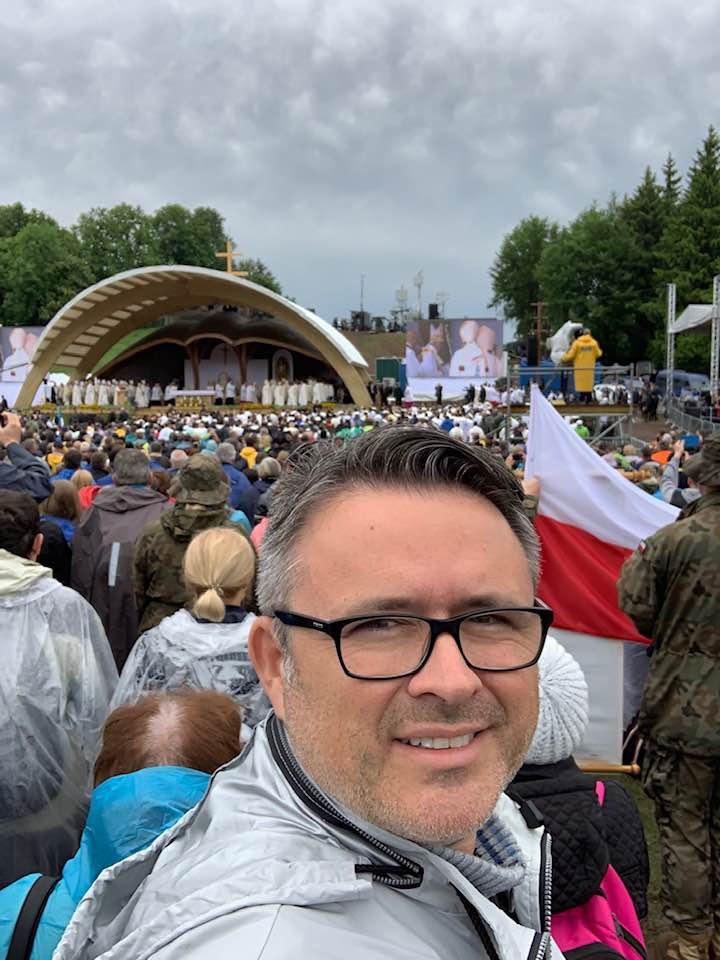 Lengyel katonák mellett álltunk