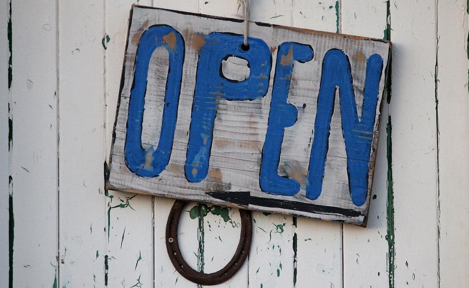pixabay_open.jpg